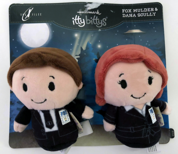 Hallmark itty bittys Mulder Scully.png